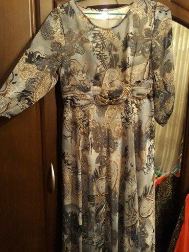 блестящие платья в пол в Кыргызстан: Миленькое платье в пол состояние хорошее800