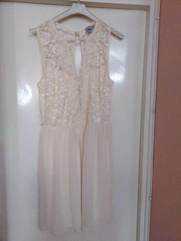 Bela cipkana Asos haljina (British clothing line).Til i cipka.Elegant