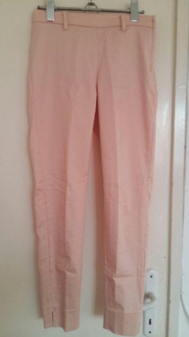 500 rsd roze elegantne pantalone sa elastinom marke H&M broj 32