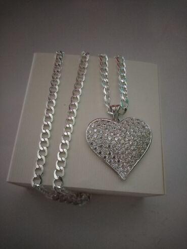 Privezak srebro - Srbija: Srebrna ogrlica, duzina 60 cm, cena 2350Privezak srce dimenzije oko