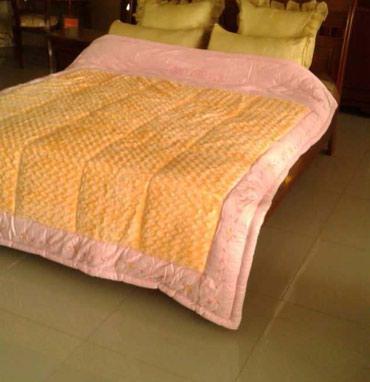 двуспальное одеяло из шерсти в Кыргызстан: Плед одеяло с наполнителем из бамбукового волокна новый и уютный с