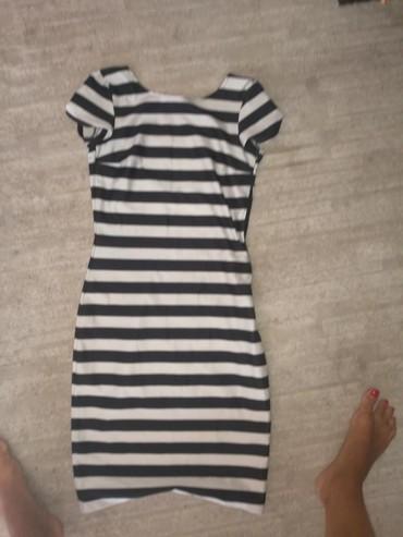 Crna-uska-haljina - Srbija: Haljina s, uska, prelepo stoji