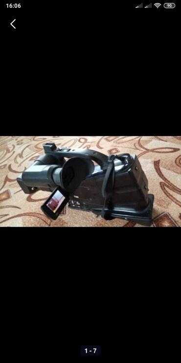 видеокамера panasonic ag ac8ej в Кыргызстан: Продаю или обменяю на ноутбук. Видеокамера Panasonik FullHd. В наличии