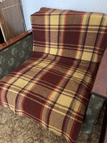 Кресло кровать б/у . Все в рабочем состоянии . В наличии 2 шт