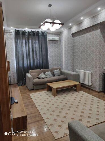 Сдается квартира: 2 комнаты, 72 кв. м, Бишкек