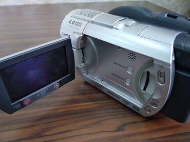 зарядка sony ericsson в Азербайджан: Видеокамеры