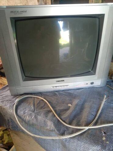 Телевизор продаю !!!Sonia !Отличьном состоянии! + ++ есть штатив тоже
