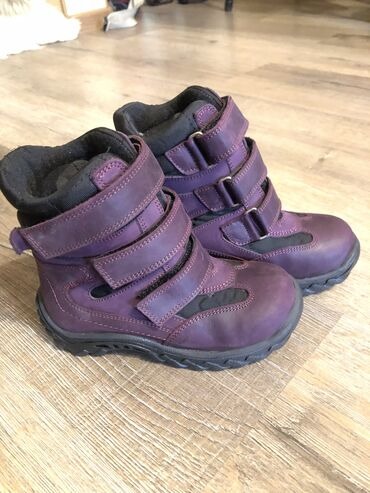 Продаю новые зимние ботинки турецкой фирмы Woopy. Размер 26, по стельк