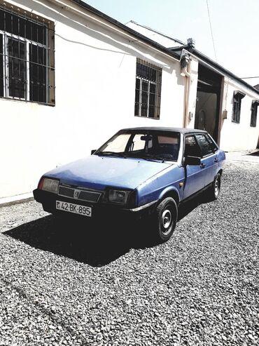 VAZ (LADA) 21099 1.6 l. 2000