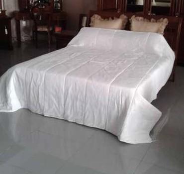 двуспальное одеяло из шерсти в Кыргызстан: Одеяло тоненькое 230 см х 240 см из синтепона для
