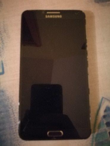 Mobilni telefoni - Leskovac: Prodajem Samsung Note 3 za delove.Ekran posle pada je stradao,ostalo