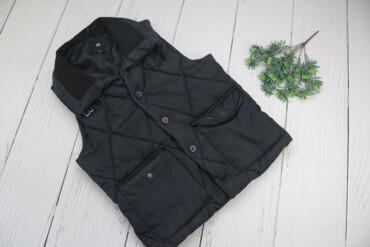 Личные вещи в Украина: Стильная жилетка от H&M р.M Бренд:H&M Цвет: черный Р: M Длина