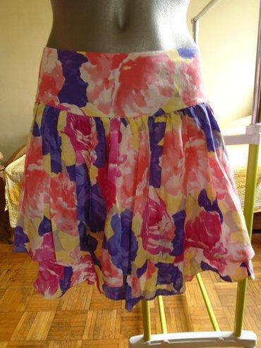 Prelepa i kvalitetna suknjica, kupljena u inostranstvu, nenošena, - Belgrade