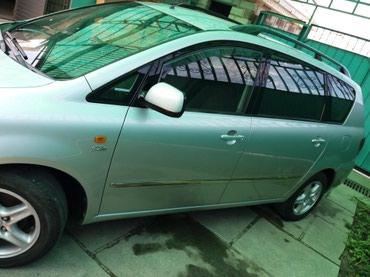 Toyota Avensis 2002 в Бишкек