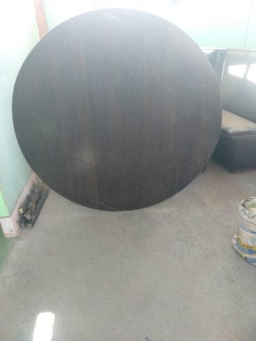 Срочно продам большой круглый стол в Лебединовка