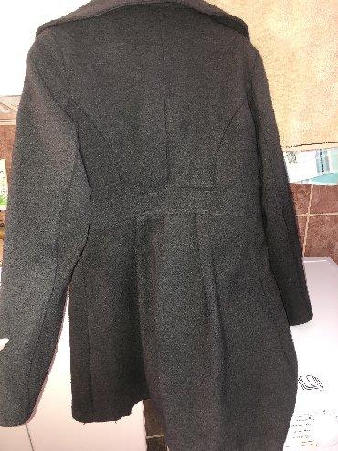 Kaput-ramena-rukav-cm - Srbija: Na prodaju kaput, širina ramena 42cm