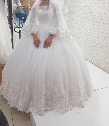 платья из штапеля бишкек в Кыргызстан: Свадебные платья прокатка берилет комплекте фатасы карона жана