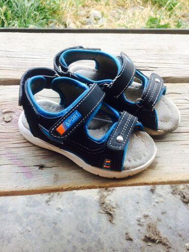 сандалии 27 размер в Кыргызстан: Продаю сандалии для мальчика 27 размер,состояние хорошее. 250 с