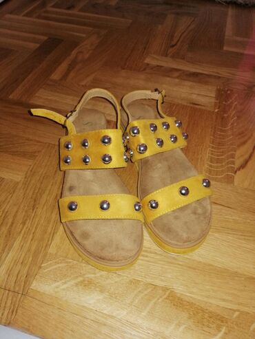 Ženska obuća | Crvenka: Sandale