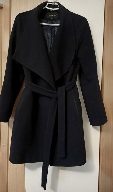 весеннее полупальто в Кыргызстан: Зимне -весенние женские вещи размер 441.пальто- зимаразмер