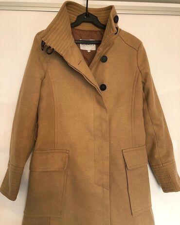 альпака пальто цена в Кыргызстан: Продаю пальто песочного цвета,на пуговицах,отличное состояние,размер S