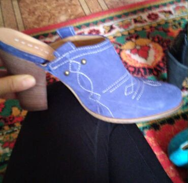 Брендовые женские обуви с Бельгии. Размеры не подошли. Качественные