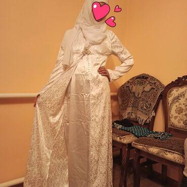 Продам б/у платье для никяха. Бони, шапочка, шарф в комплекте (в