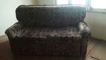yığma divan - Azərbaycan: Salam.az işlenib.divan ustluyu ustunde verilir.açilir yatmaq olur.eşya