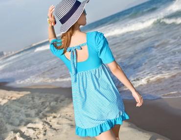 брендовые купальники в Кыргызстан: Купальник платье новый, размер 48-50 в морском стиле,который