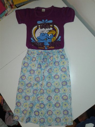 Majica i pantalone 3/4 velicina 8-10 u kompletu za 350 din. - Jagodina