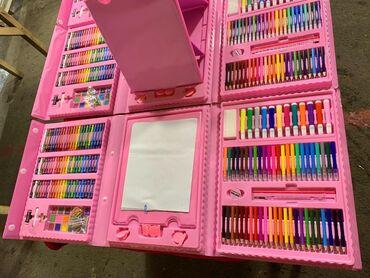 Набор художника в наличии 208 деталей  Голубой розовый