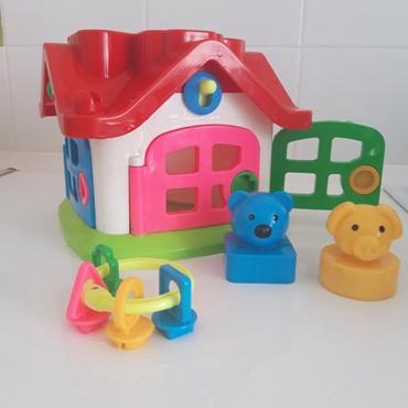развивающие игрушки 5 лет в Кыргызстан: Игрушка для деток от года до 3х лет, развивающая детское мышление.На