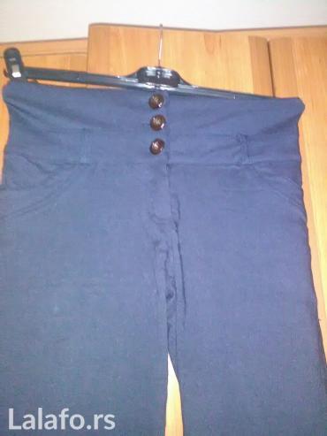 Military pantalone - Srbija: Zenske pantalone sa visokim strukom i pojasom sa 3 dugmica napred i