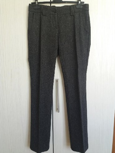 Pantalone-benetton-e - Srbija: Benetton tople zimske pantalone sa užim nogavicama. Klasične. Etiketu