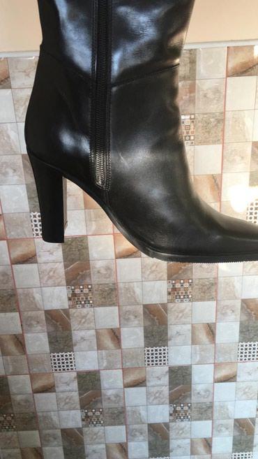Продам зимние сапоги 38 размера, длинна до колено, каблук 8см, новые в Бишкек