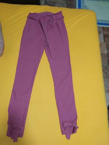Pantalone vekivina - Srbija: Zenske ruzicaste pantalone. Jako nezne i lepe. Mogu se svezivati masne