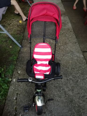 Na prodaju dečiji trocikl u savršenom stanju. Postoji mogućnost