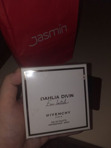 Civiluk - Srbija: ** Dahlia Divin Givenchy NOVO **Simbol ženske lepote i blagosti, u