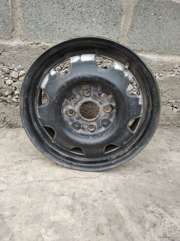 б у диски в Кыргызстан: Продаются железной диска хорошем состоянии 4штук ( Р 14) 750 сом