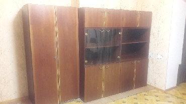 шкаф в зал в Азербайджан: Qonaq otağı mebeliRumıniya istehsalı olan qonaq otağı üçün mebel dəsti