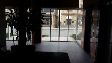 Ofislərin satışı - Azərbaycan: Bakı ş.Nərimanov r.Ə.Rəcəbli k.Ömür klinikasının yaxınlığında ümumi
