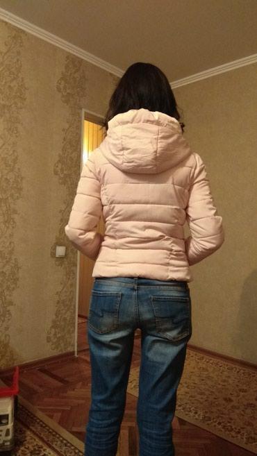 Куртка, размер М, отличного качества, заходите на мой профиль в Бишкек