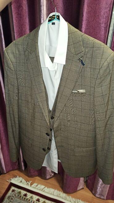 Личные вещи - Джал: Продается костюм в комплекте. Надевали всего 2 раза