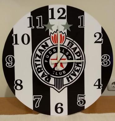 Ostalo | Smederevska Palanka: Partizan-zidni sat precnika 40 cm.Izrada satova po vasoj zelji. Moja