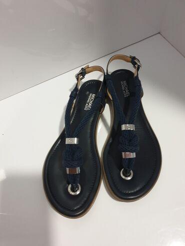 Ženske Sandale i Japanke - Crvenka: Michael Kors original sandale novo. Broj 36 dužina gazišta 23cm. Na