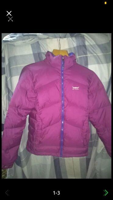 Продаю весеннюю куртку размер L состояние отличное 300с