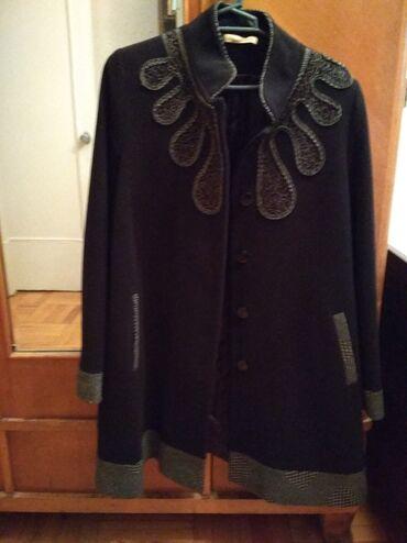 Yarım palto 44 ölçüsü. Çox az qeyinib. Türkiyə istehsalı