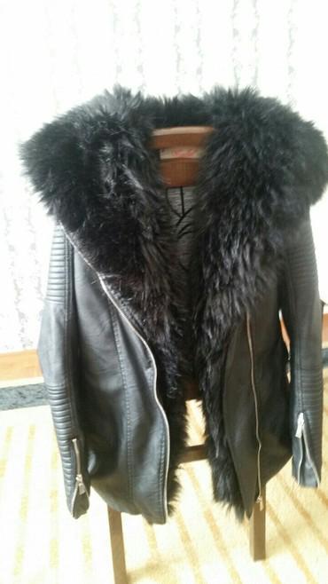 Zenska prelepa jakna eko koža sa vestackim bogatim krznom koje se sk