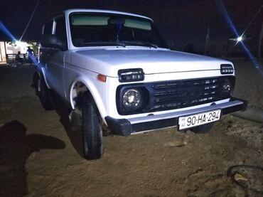 niva satilir - Azərbaycan: VAZ (LADA) 4x4 Niva 1.7 l. 2000 | 32000 km