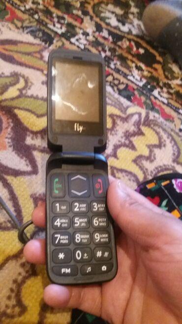 телефон-fly-e в Кыргызстан: Продаю